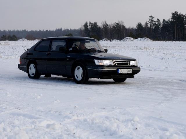 Vēsturiski spēkrati - Page 2 Saab-tras-.sized